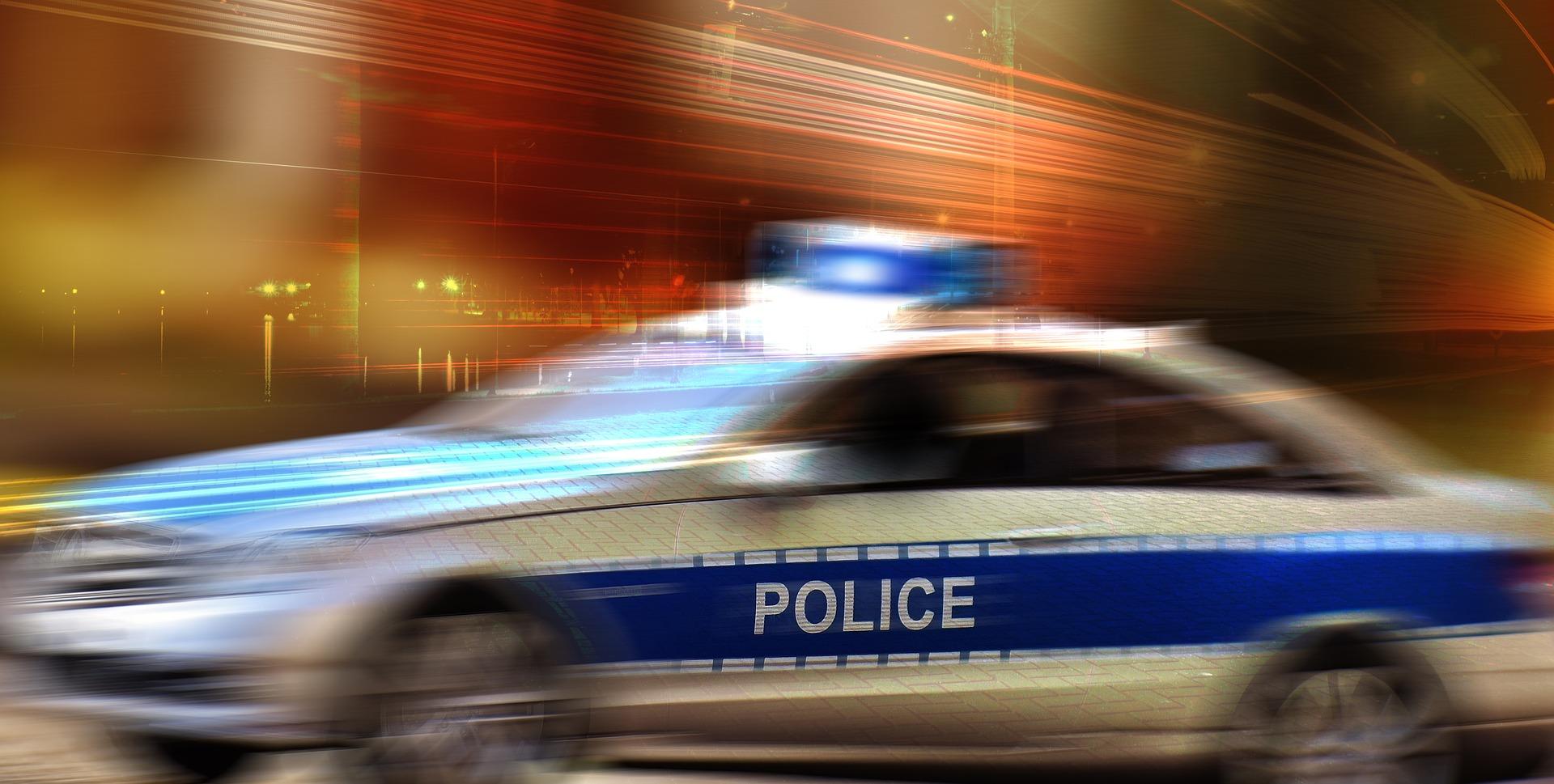 police-2829495_1920
